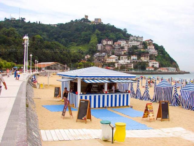 Chiringuito de Madera Lisboa vista 1 playa Indurrieta San Sebastian