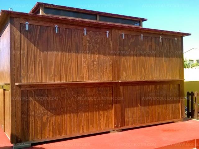 Chiringuito de madera Ibiza Marineland vista 1